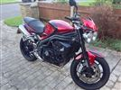 Triumph SPEED TRIPLE 1050  (2011/60)