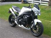 Triumph SPEED TRIPLE 1050  (2008/08)