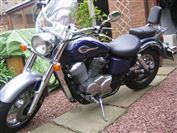 Honda VT750 SHADOW  (1999/T)