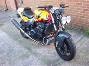 Triumph SPEED TRIPLE 900 STREETFIGHTER (1993/L)