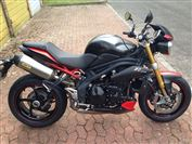 Triumph SPEED TRIPLE 1050 R DARK 8/30 (2013/13)