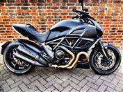 Ducati DIAVEL Dark (2013/63)
