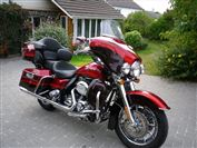 Harley Davidson ELECTRA GLIDE CVO FLHTCUSE4 Screaming Eagle Ultra Classic (2009/09)