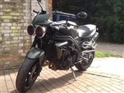 Triumph SPEED TRIPLE 1050 Limited Edition Khaki Green (2010/60)